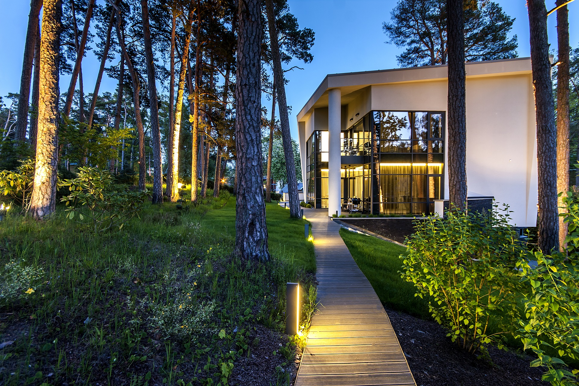 Austria Deuren Dealers : Modern apartment with view on the water riga